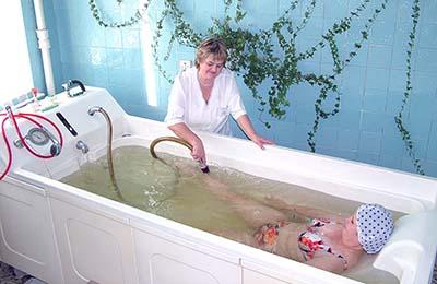 Проведение Бальнеотерапии