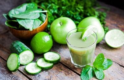Сок яблока и огурца