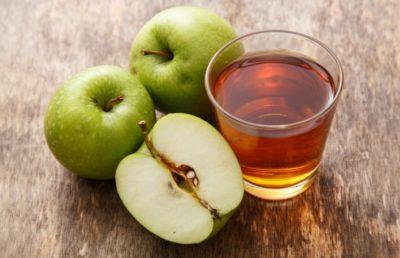 Кислый яблочный сок