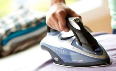 Что делать при ожоге утюгом: что делать и чем помазать в домашних ...