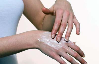 Нанесение на кожу