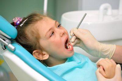 Пломбирование зубов ребенку