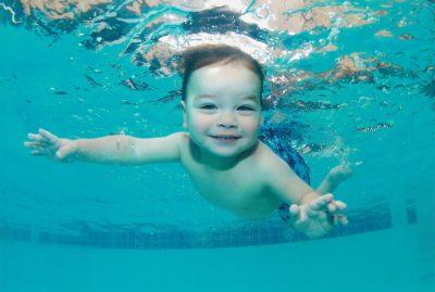 Переохлаждение ребенка в бассейне